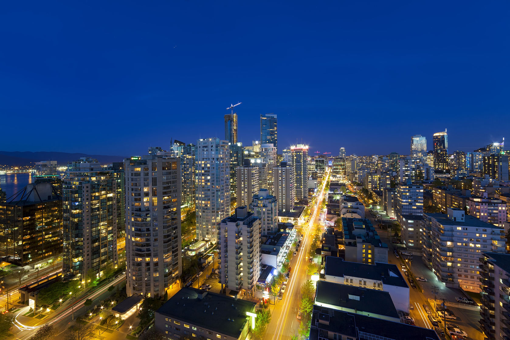 vancouver at night 123rf